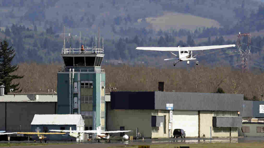 The control tower at Troutdale Airport in Troutdale, Ore., one of the towers slated for closure.