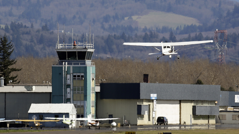 The control tower at Troutdale Airport in Troutdale, Ore., one of the towers slated for closure. (Don Ryan/AP)
