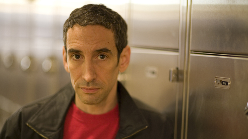 Douglas Rushkoff founded the Narrative Lab at NYU's Interactive Telecommunications Program, and lectures about media, art, society and change at conferences and universities around the world. He lives in Brooklyn with his wife and daughter. (Current Hardcover)