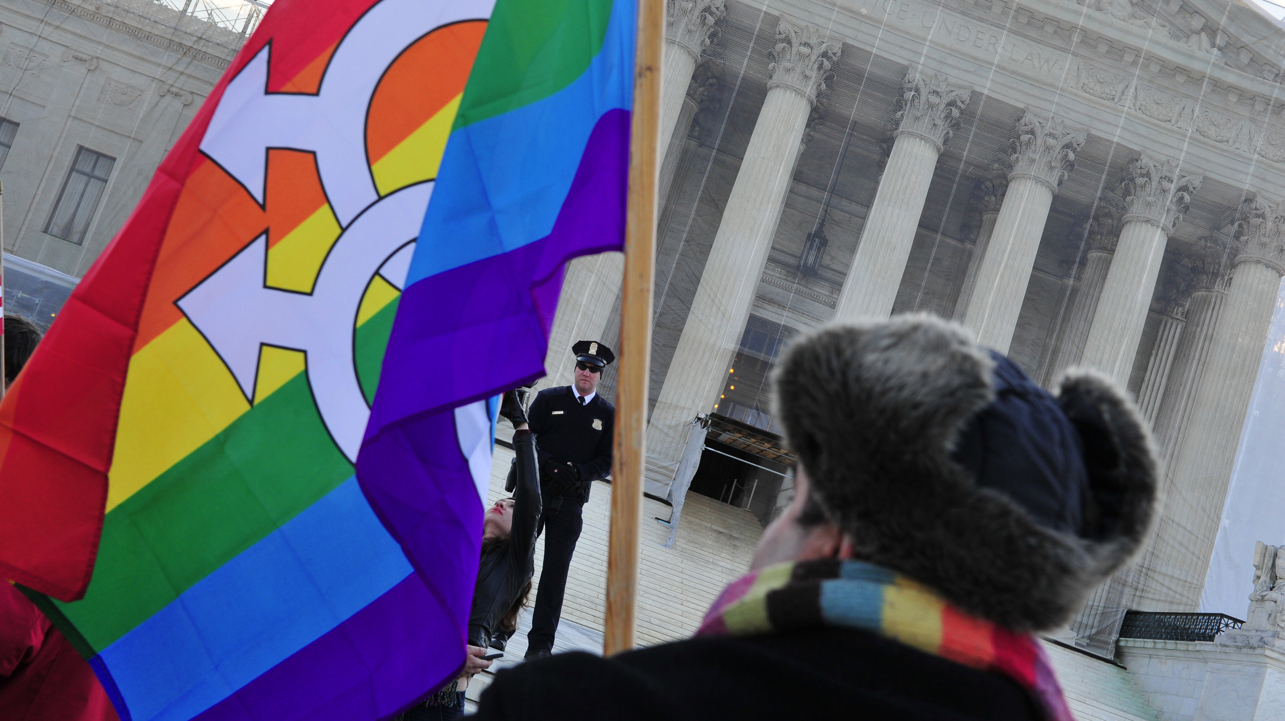 You arguments in support of gay marriage pity