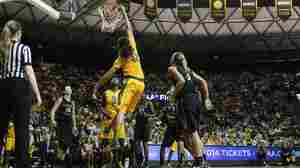 How To Hit A Big Dunk: Brittney Griner's Tweet Comes True For Baylor