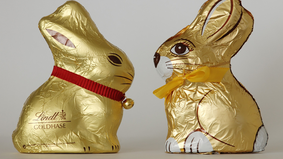 Chocolate Easter bunnies by Swiss company Lindt, left, and Austrain company Hauswirth, which agreed to stop making chocolate Easter bunnies that look like those made by Lindt & Spruengli in 2012. (Reuters /Landov)