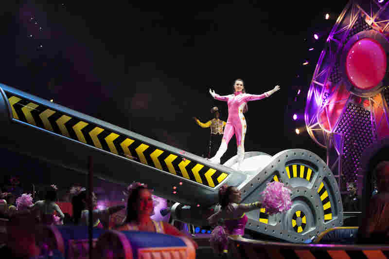Elliana Grace Hentoff-Killian is on tour with the Ringling Bros. and Barnum & Bailey show Built to Amaze!