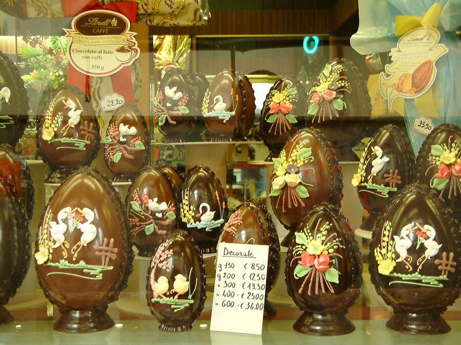 Italys chocolate easter eggs big bold and full of bling the italys chocolate easter eggs big bold and full of bling negle Choice Image