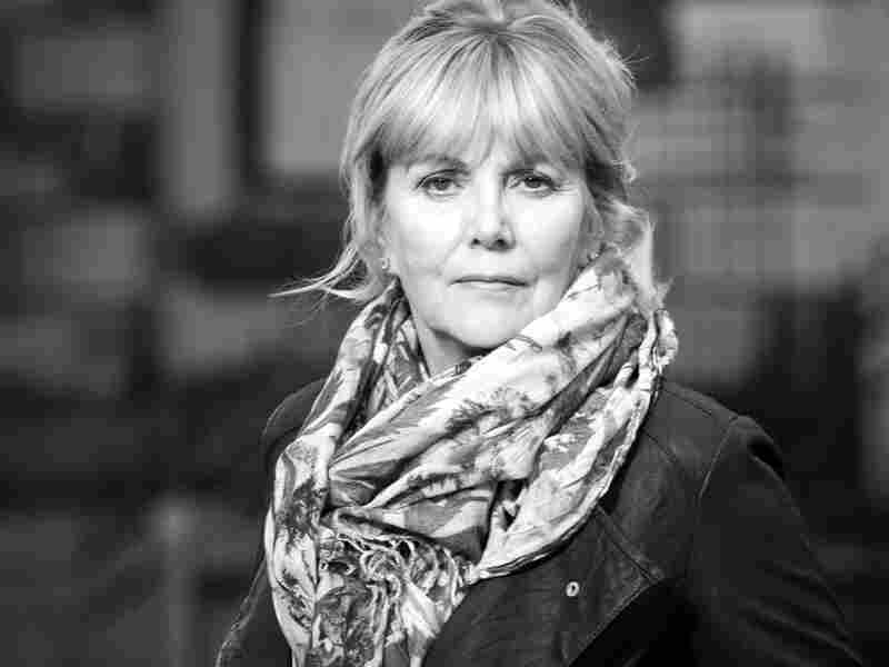 Kate Atkinson's first novel, Behind the Scenes at the Museum, was named the Whitbread Book of the Year in 1995.
