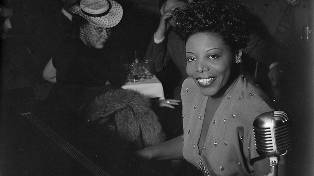 Mary Lou Williams performs at the Cafe Society in New York in 1947. (The Library of Congress)