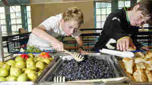 Fruit, Not Fries: Lunchroom Makeovers Nudge Kids Toward Better Choices