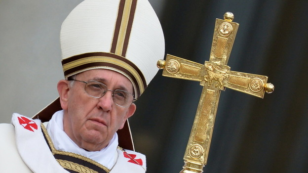 After celebrating Mass along with more than 250,000 faithful, Pope Francis delivered a plea for peace in his first Easter Sunday message to the world, decrying the seemingly endless conflicts in the Middle East and on the Korean Peninsula. (AFP/Getty Images)
