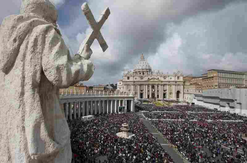 Tens of thousands gathered to hear Pope Francis' blessing.