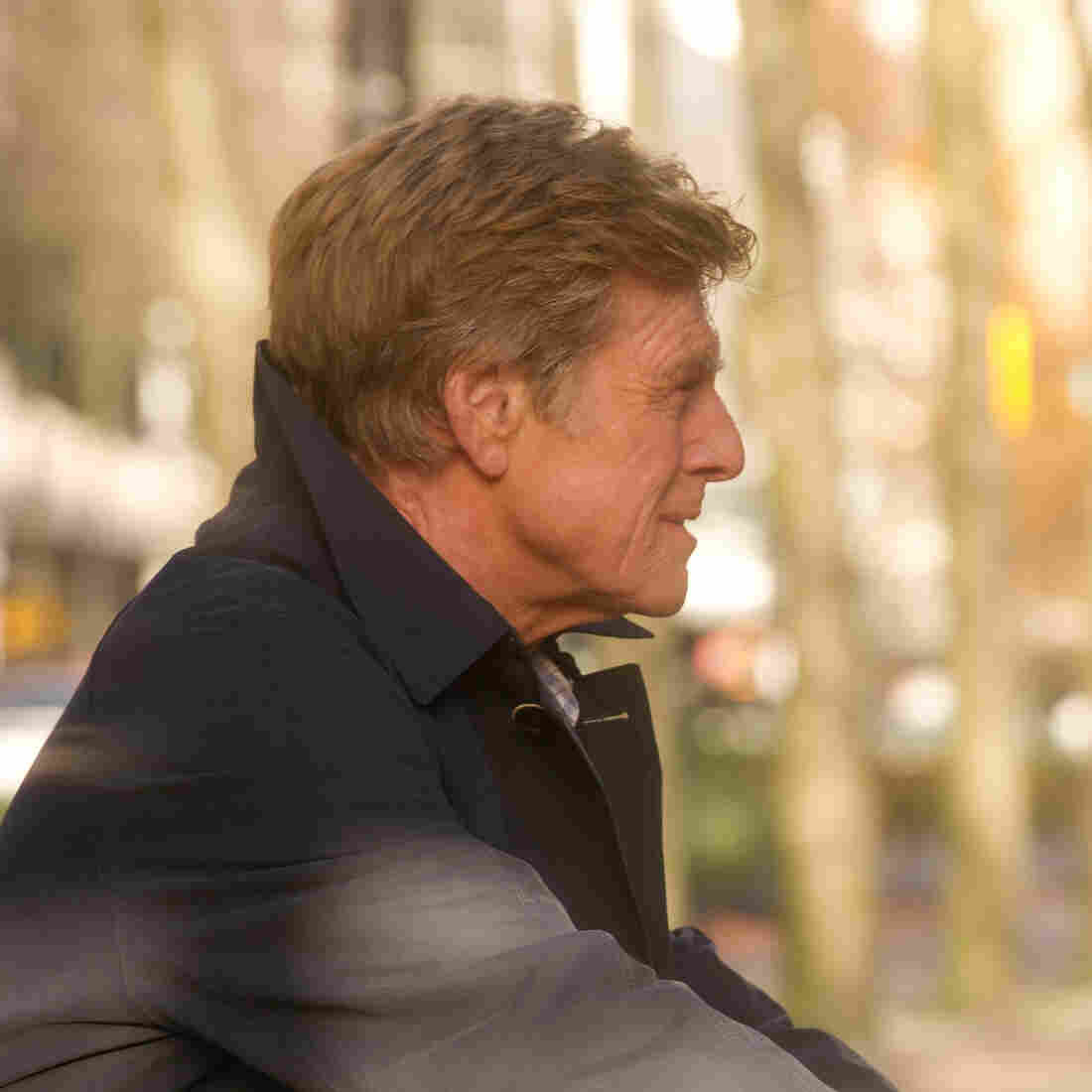 Jim (Robert Redford) must flee with his daughter, Isabel (Jackie Evancho), to the scene of a past crime in order to avoid a probing amateur reporter.