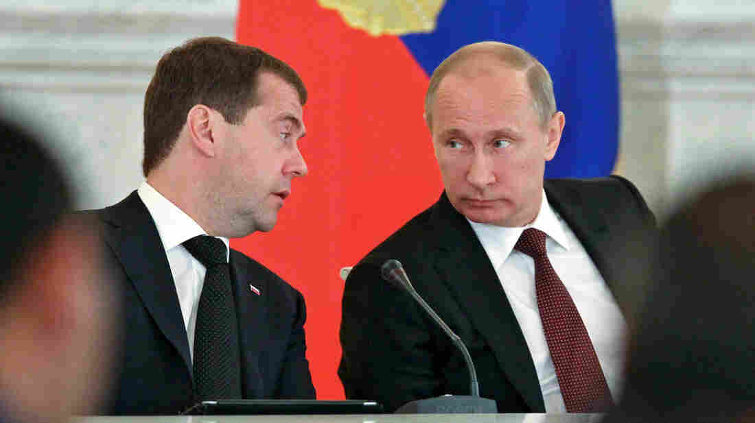 Russian President Vladimir Putin, right, heads a State Council session alongside Russian Prime Minister Dmitry Medvedev in Moscow last year. Increasing political attacks on Medvedev have accompanied Putin's suspicions about his erstwhile partner's ambitions.