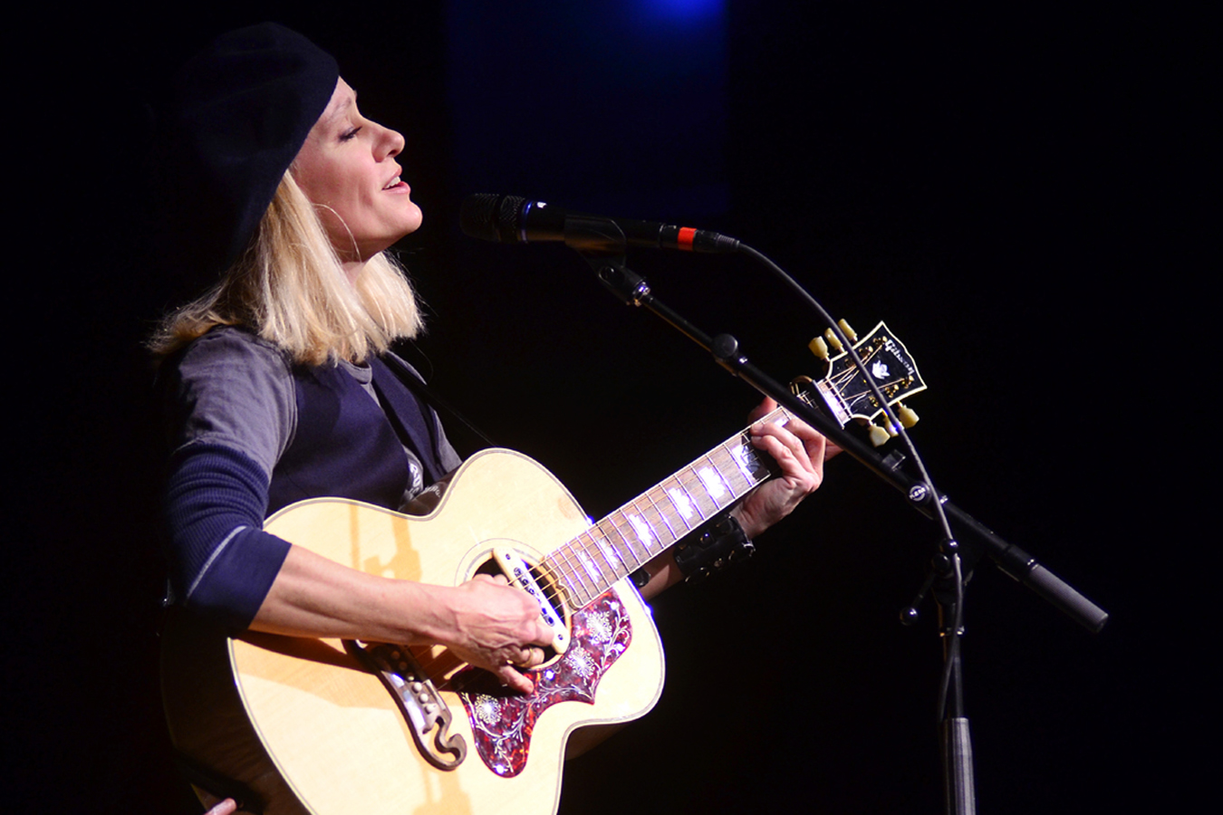 Shelby Lynne performs live at Mountain Stage.