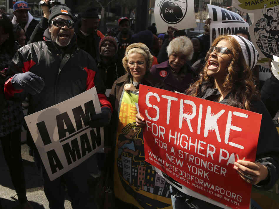 NYC's Fast-Food Workers Strike, Demand 'Living Wages ...