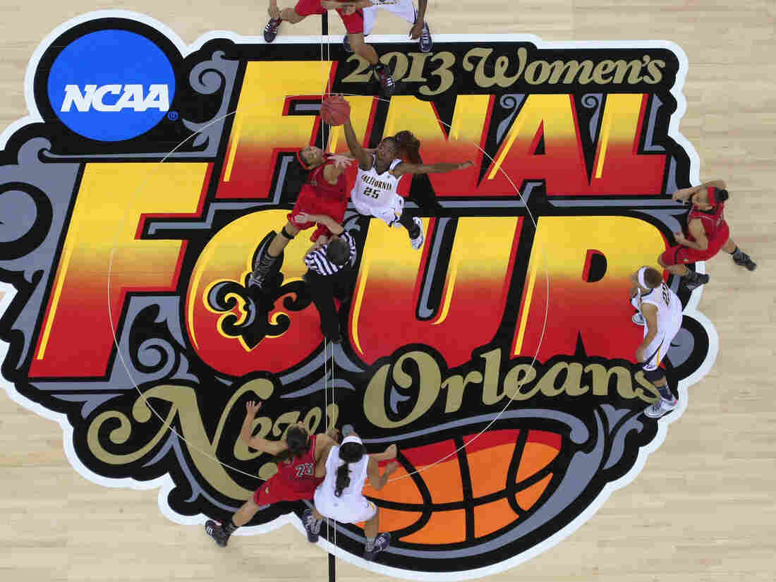 In New Orleans on Sunday, the women from Louisville (in red) defeated California to reach the championship game against Connecticut on Tuesday.