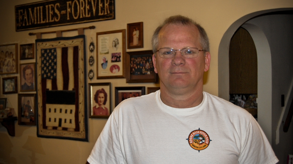 Jerry Kloberdanz and seven family members were laid off when Electrolux closed its Webster City, Iowa, plant in 2011.