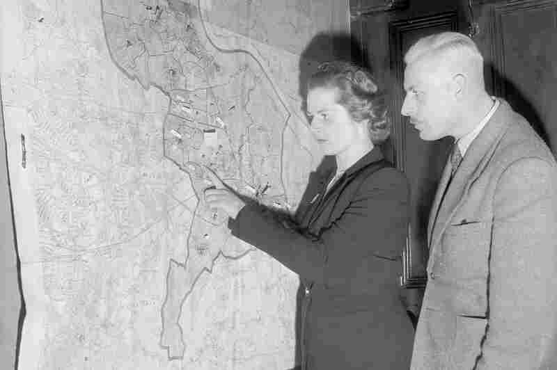 Margaret Roberts, later Thatcher, the youngest candidate in the Conservative Party in 1950, plans her election campaign.