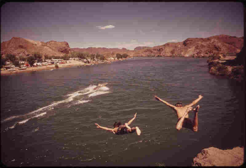 Diving into the Colorado River at Parker Strip, a favorite swimming spot of Southern Californians and Arizonians, April 1973, Yuma County, Ariz.