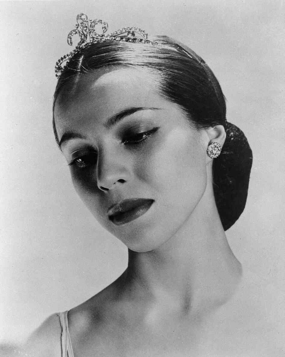 Ballerina Maria Tallchief. Undated photo.