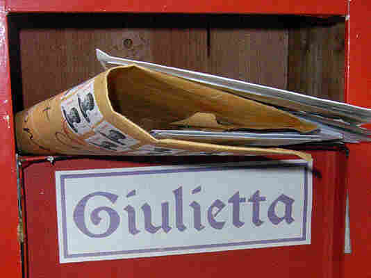 The Juliet Club (Club di Giulietta) mailbox in Verona, Italy. Volunteers answer by hand every single letter that the club receives.