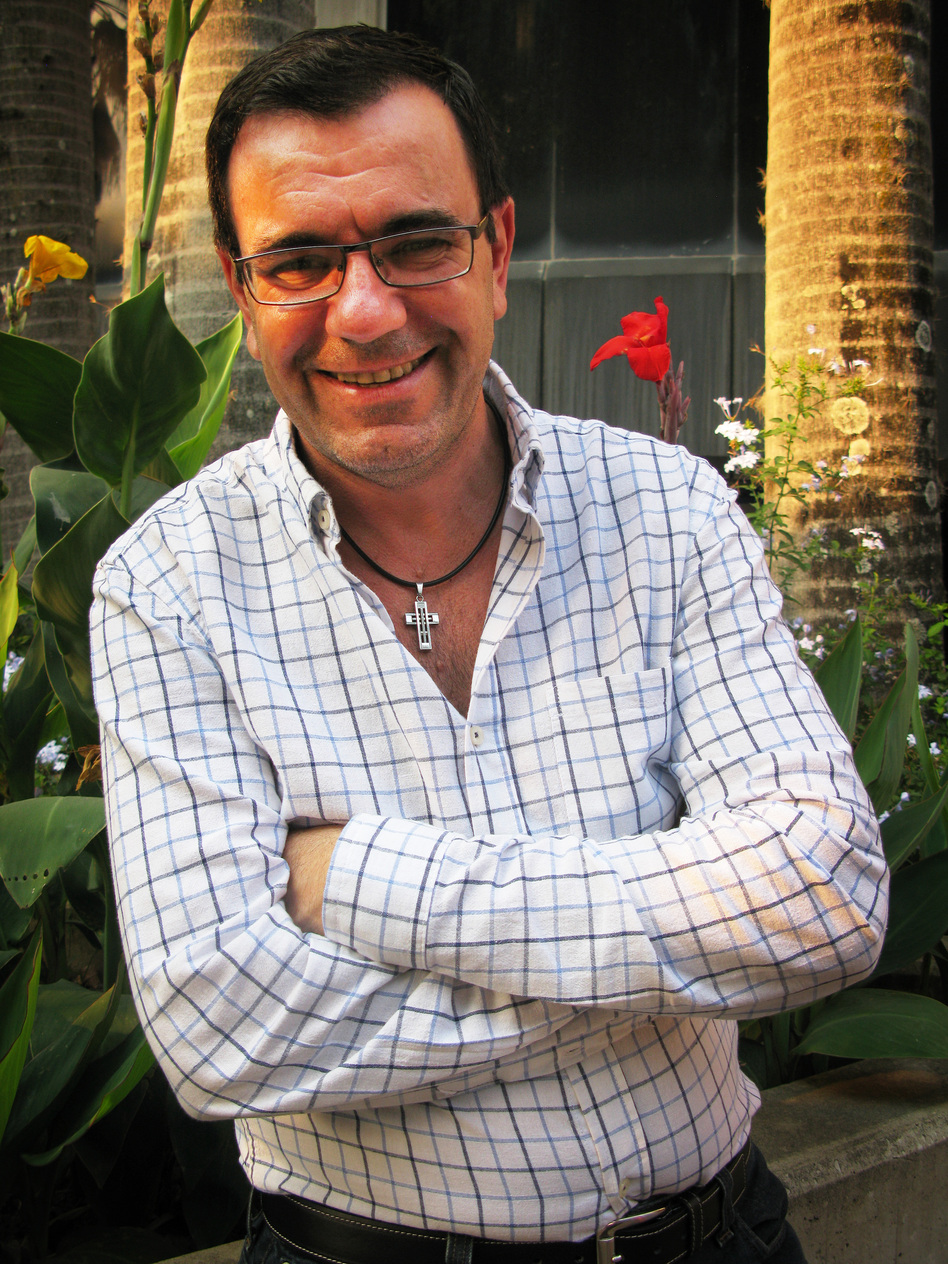 """Laureano Marquez, a popular Venezuelan writer and political satirist, says he is always opposed to the government in power. """"The mission of humor is to show the people that things can be better,"""" he says."""