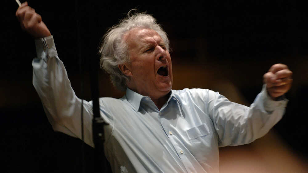 The Conductor Who Gained Power By Giving It Up
