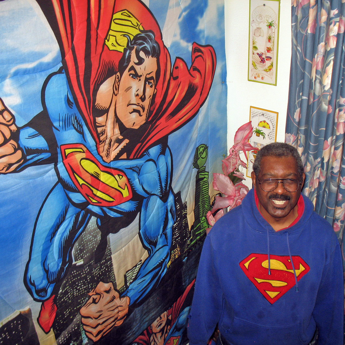 Jefferson Gray's Cleveland home, where Superman's co-creator lived as a boy, is adorned with Superman paraphernalia.