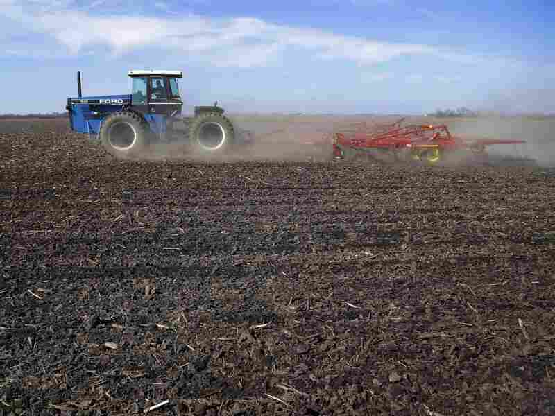 By this time last year, 26 percent of the country's corn crop was already planted. A wet, cold spring means that only 4 percent is in the ground right now.