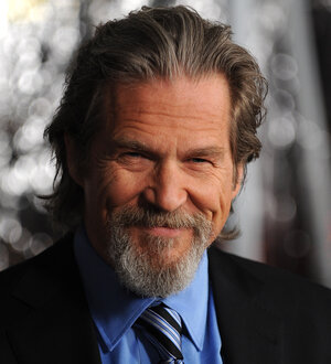 Actor Jeff Bridges arrives at the premiere of Crazy Heart in December 2009 at the Academy of Motion Picture Arts and Sciences in Beverly Hills, Calif.