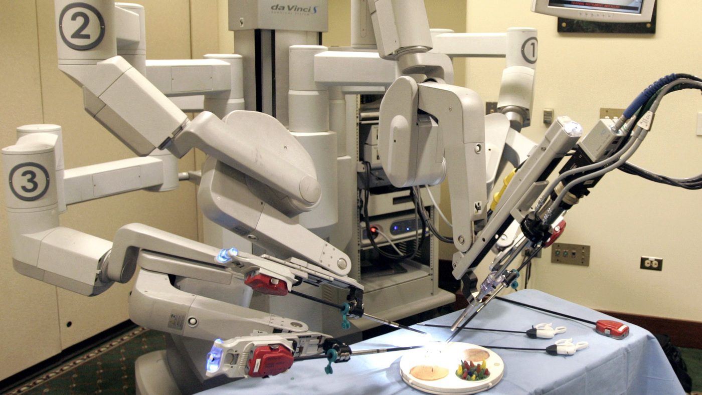 gynecologists question use of robotic surgery for hysterectomies shots health news npr. Black Bedroom Furniture Sets. Home Design Ideas