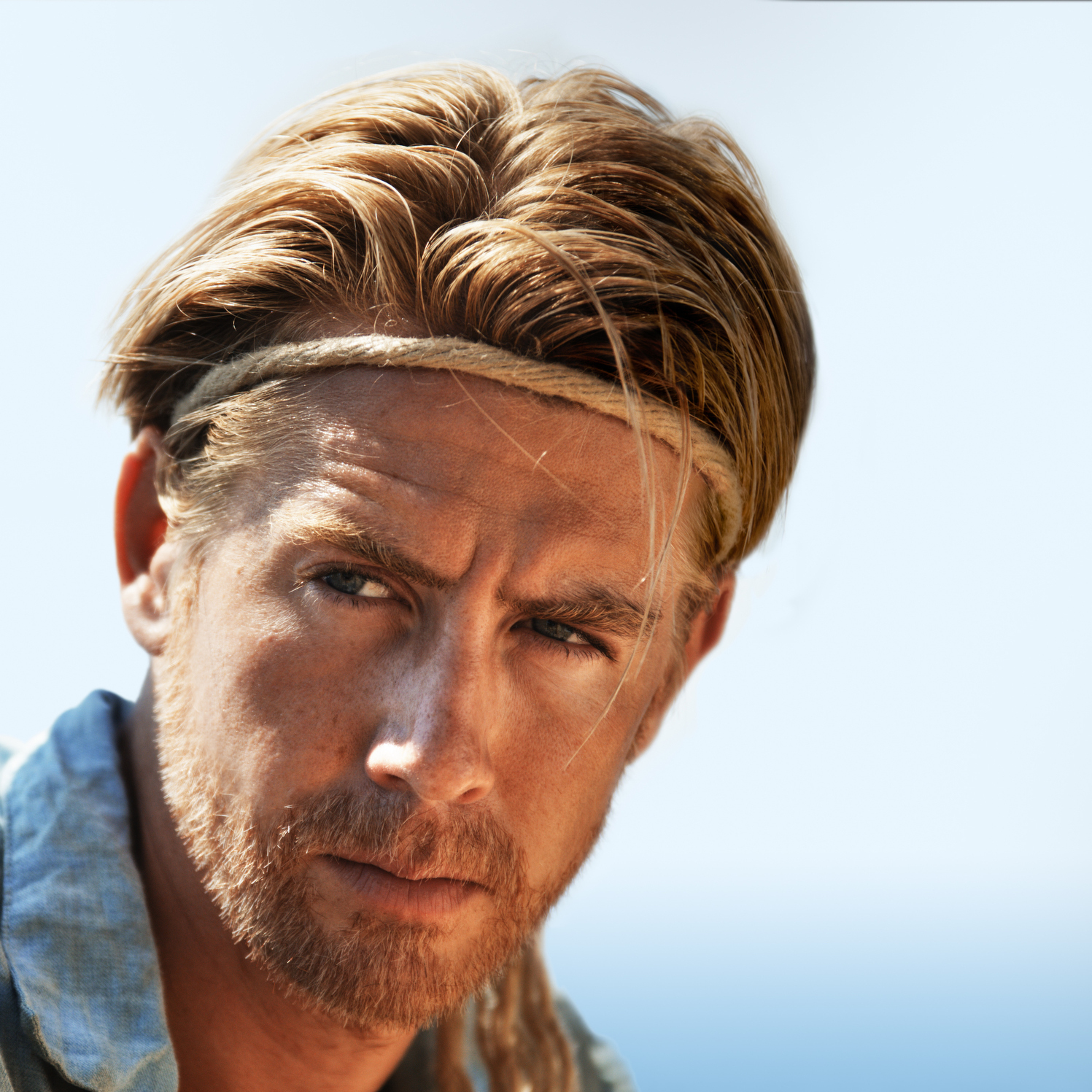 As Heyerdahl, Danish actor Pal Sverre Hagen provides a stern and steady presence throughout Kon-Tiki.