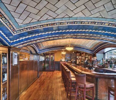 A closeup of the bar in New York City's Vanderbilt Hotel shows the intricate detail of the Guastavino Company's elegant ceiling work.