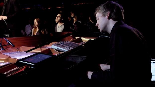 Live @ (Le) Poisson Rouge (2013)