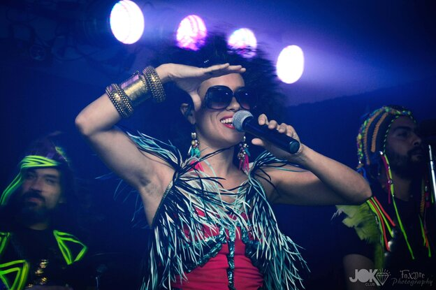 Argentine singer La Yegros' new album is called Viene De Mi.