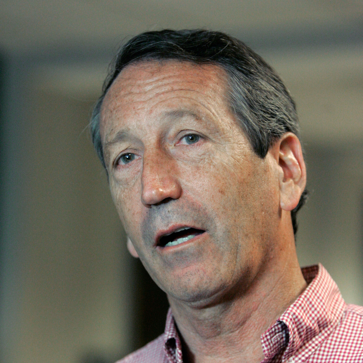 mark sanford Marshall clement mark sanford, jr (born may 28, 1960, in fort lauderdale, fl) is a republican member of the united states house of representatives from south carolina's 1st congressional district he won the seat that was up for special election in early 2013 the seat was vacant due to tim scott's (r) appointment to the united states senate sanford sought another term in the june 12.