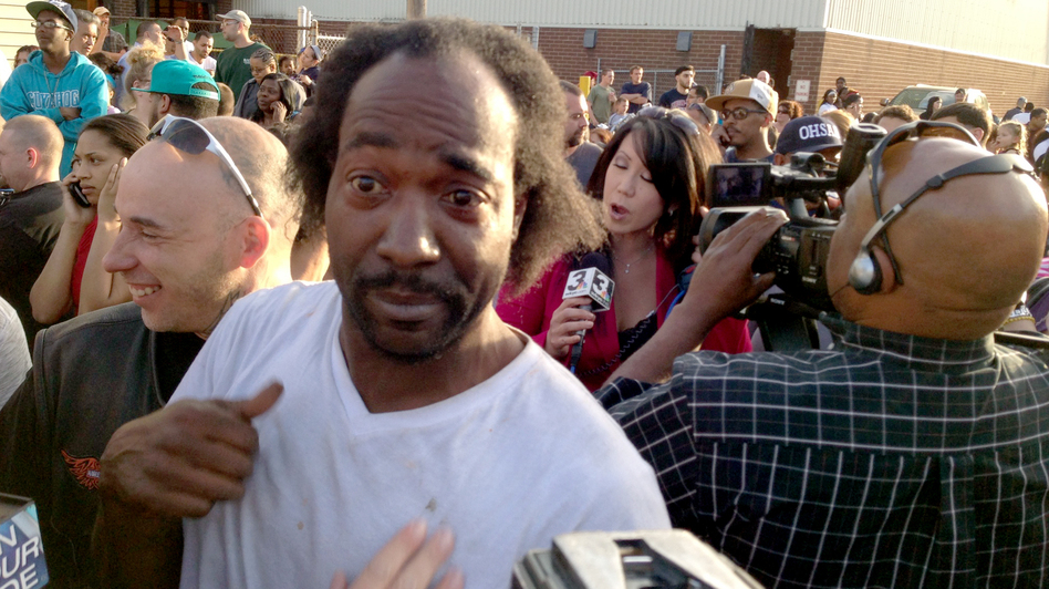 Charles Ramsey, who responded to shouts for help and triggered the rescue of three kidnapped women, talks to reporters. (The Plain Dealer/Landov)