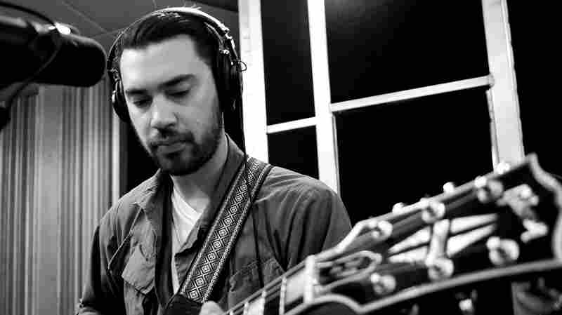Hanni El Khatib performs live on KCRW.