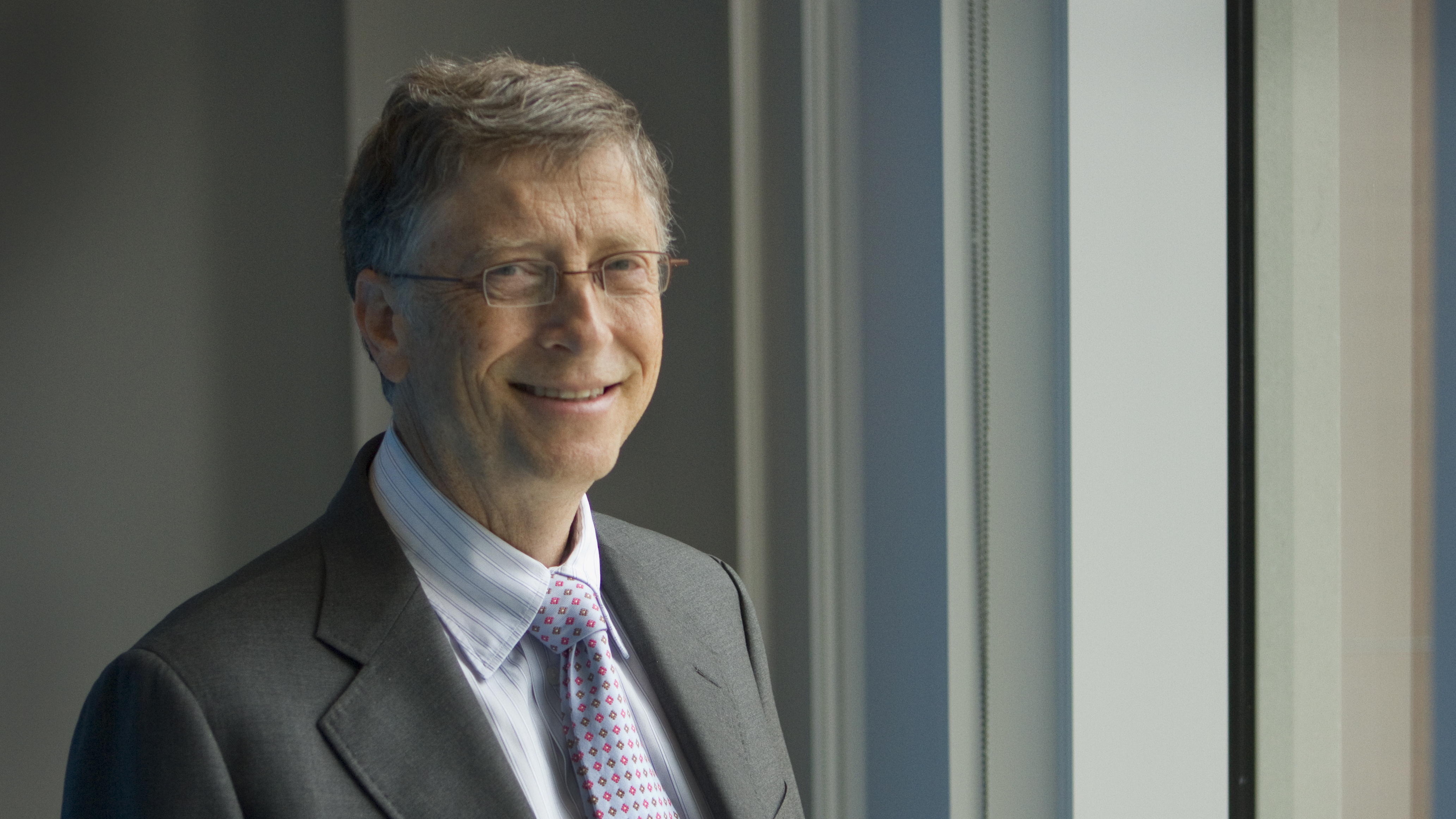 Bill_gates_wide-1ce7fdcc33d32052821391ea78213059444ff051