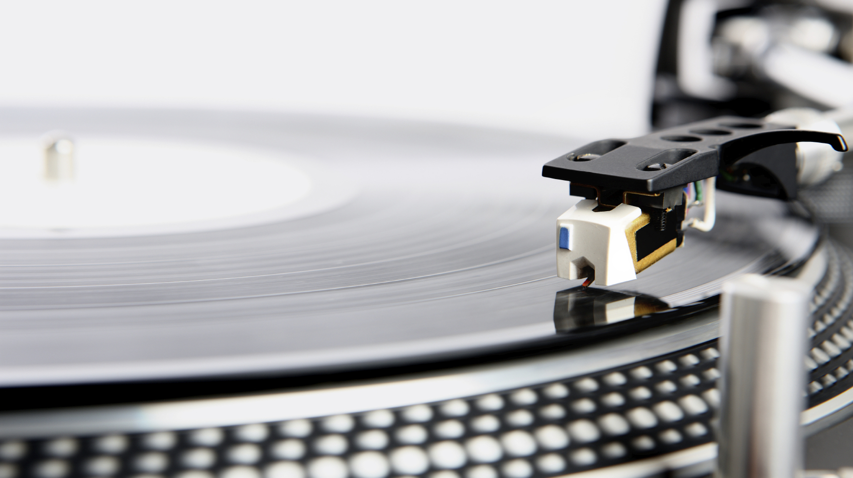 The Good Listener: How Can A Vinyl Lover Start Over From Scratch?