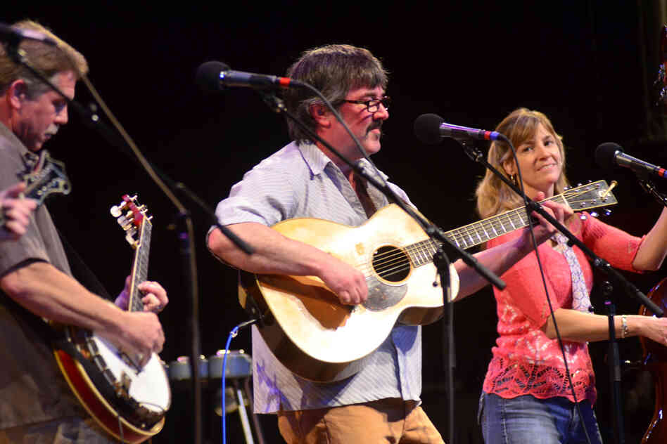 Larry Keel & Natural Bridge consists of Larry Keel, wife Jenny Keel on bass, Mark Schimick on mandolin and Will Lee on banjo.