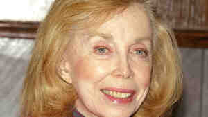 Dr. Joyce Brothers in a January 16, 2004 in New York City.