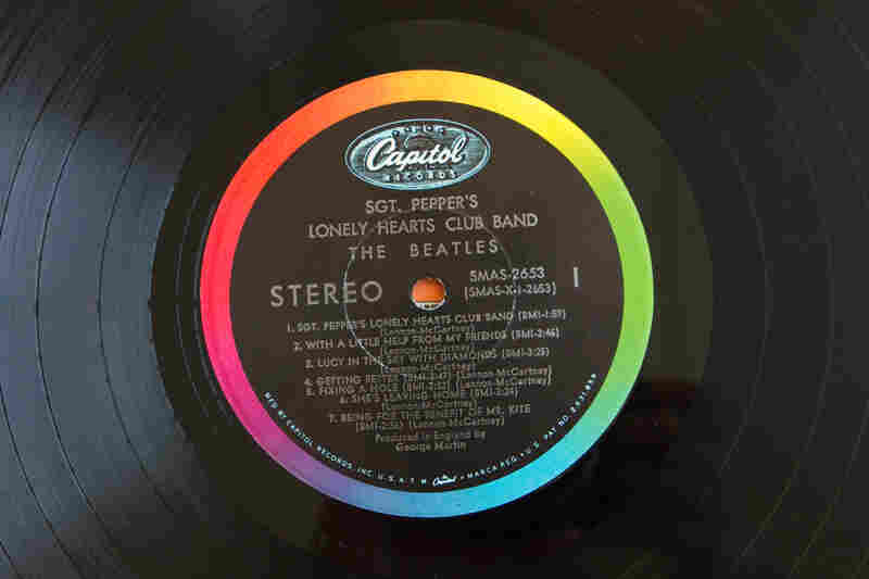 Capitol Records(Sgt. Pepper's Lonely Hearts Club Band by The Beatles, 1967)