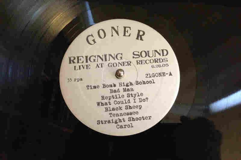 Goner Records(Live at Goner Records by The Reigning Sound, 2005)