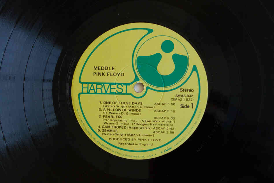 Harvest Records(Meddle by Pink Floyd, 1971)