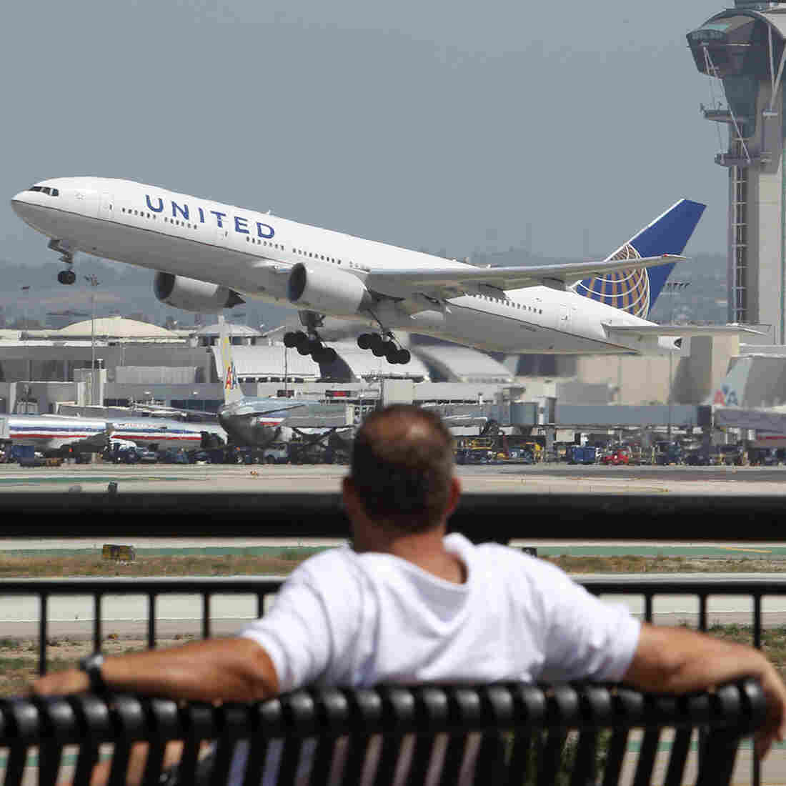 More passengers are expected to fly on U.S. airlines this summer, an industry group said Thursday.