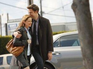 Jenna Fischer and John Krasinski in The Office.