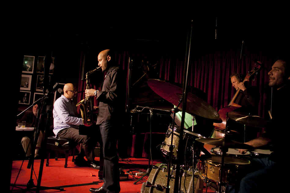 The Miguel Zenón Quartet is Zenón on alto saxophone, Luis Perdomo on piano, Hans Glawischnig on bass and Henry Cole on drums.