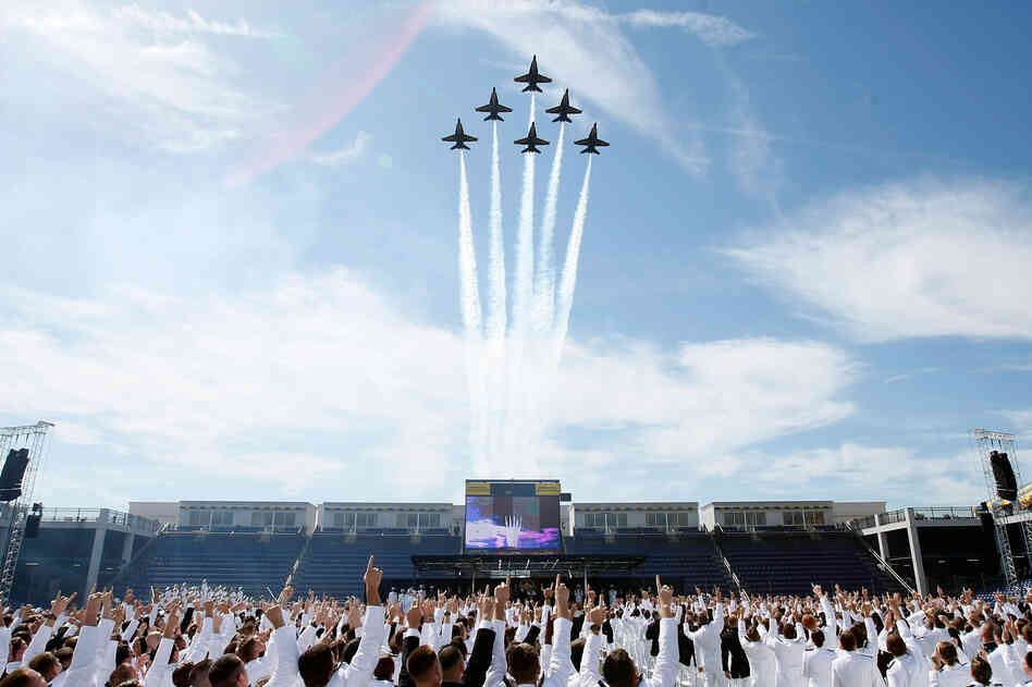 When he spoke to Naval Academy graduates in 2009, he highlighted their choice to serve in a time of war.