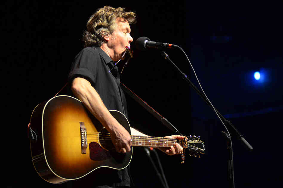 Singer-songwriter Steve Forbert makes his seventh appearance on Mountain Stage, recorded live on the campus of West Virginia University in Morgantown.