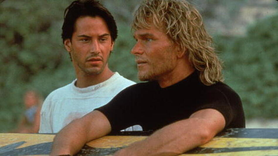 Actors Keanu Reeves and Patrick Swayze in Kathryn Bigelow's 1991 action film, Point Break. (Getty Images)
