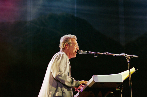 Ray Manzarek, performing in 2002. Manzarek, who died on Monday, reunited with The Doors' guitarist Robby Krieger more than 30 years after the band's lead singer, Jim Morrison, died.